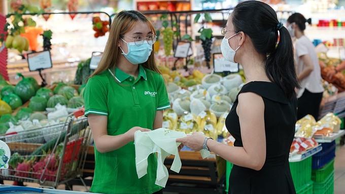 """Chương trình """"Chuyển đổi xanh"""" đưa túi AnEco tới siêu thị BRG Mart"""