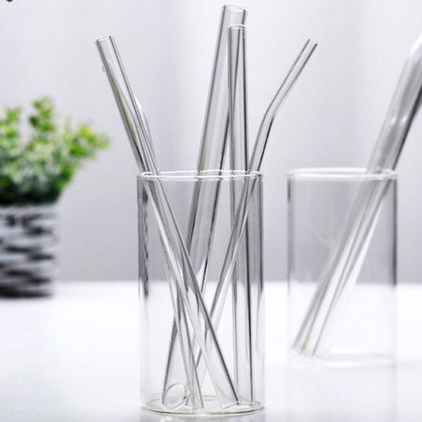 Có thêt sử dụng ống hút thủy tinh thay thế cho ống hút nhựa