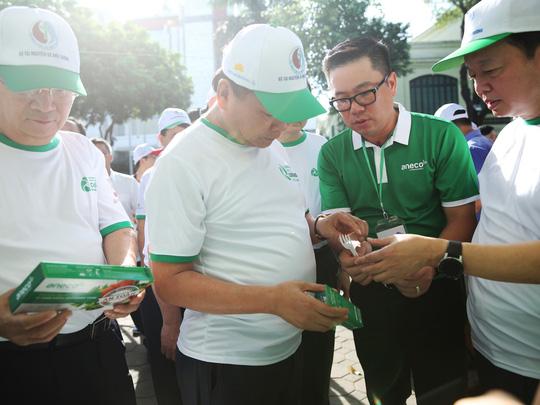 Triệu chữ ký ủng hộ phong trào chống rác thải nhựa