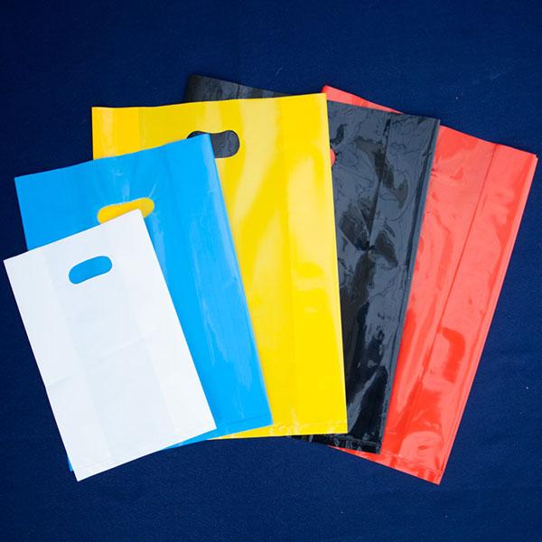Các loại túi mua sắm cũng chính là một trong những loại bao bì nhựa PE
